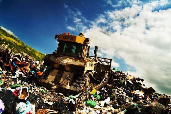 Landfill (700x468, 175Kb)