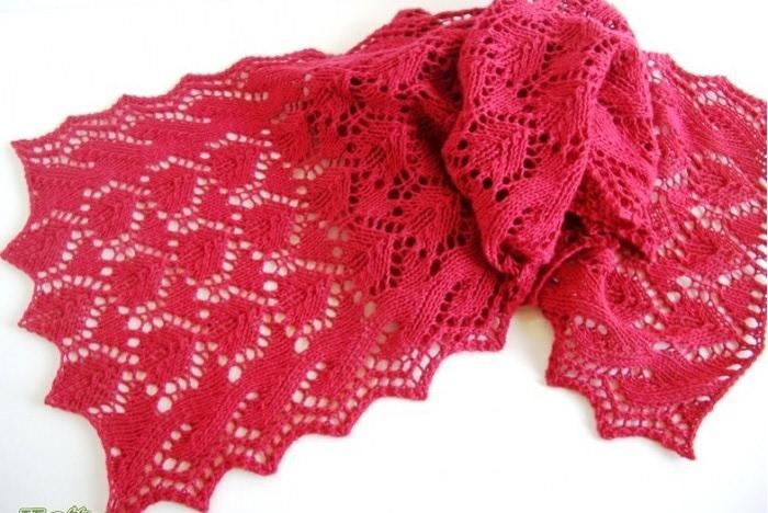 Ажурный  шарфик спицами для женщин/4683827_20120507_215211 (700x468, 102Kb)