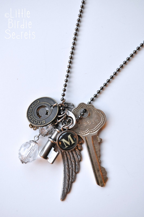antique key with tim holtz charms necklace (465x700, 145Kb)