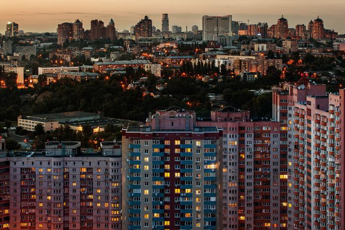 13 Весьма масштабный жилой комплекс на Саперно-Слободской (700x466, 210Kb)
