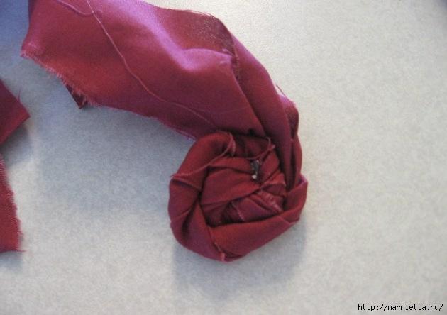 Como-fazer-rosas-com-tecido-desfiado-58 (630x444, 127Kb)