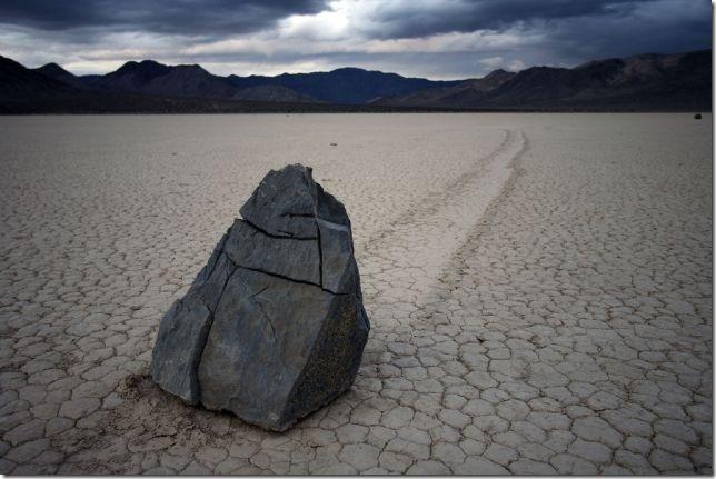 ползающие камни долина смерти фото 8 (644x431, 69Kb)