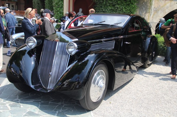 1338468625_1925-round-door-rolls-royce-phantom-from-petersen-museum-d (600x399, 89Kb)