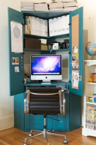 turn-cabinet-into-a-mini-home-office-1-199x300 (199x300, 21Kb)