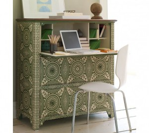 turn-cabinet-into-a-mini-home-office-4-300x269 (300x269, 24Kb)