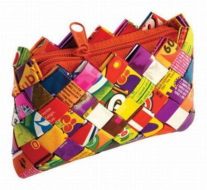 Самые необычные сумки 48 (700x644, 105Kb)