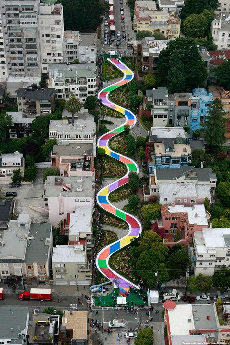 Самая кривая в мире улица хотя это