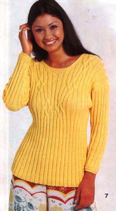 Пуловер в резинку со смещенными косами