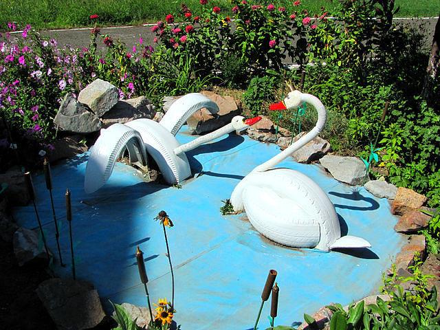 лебеди (640x480, 129Kb)