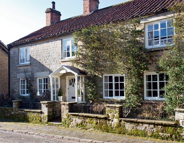 milyi-starinnyi-dom-v-Anglii-1 (600x466, 132Kb)