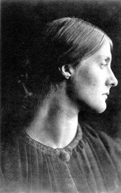 ft9c600998_00004.jpgJulia Duckworth, by Julia Margaret Cameron, 1867. (417x665, 37Kb)