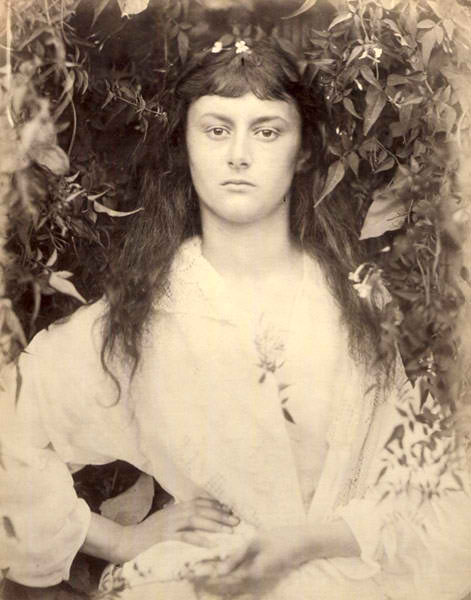 Pomona 1872.jpgPomona (Alice Liddell - the real-life Alice in Wonderland as a young woman (471x600, 46Kb)