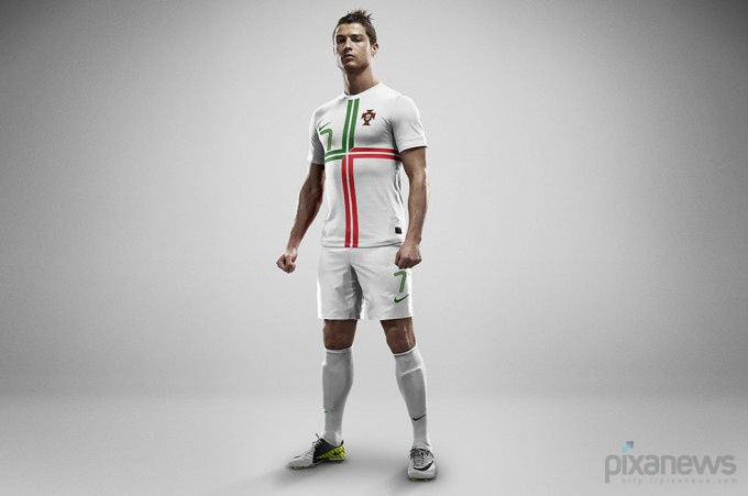 UEFA-European-Football-Championship-uniform-pixanews.com-11-680x451 (680x451, 45Kb)