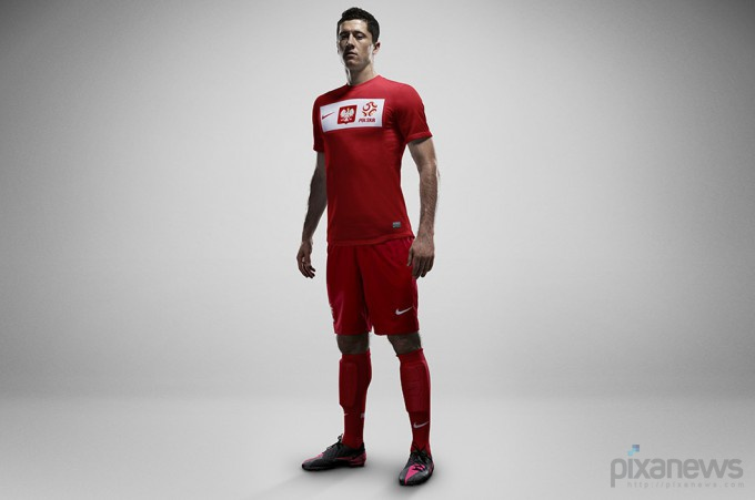 UEFA-European-Football-Championship-uniform-pixanews.com-13-680x451 (680x451, 44Kb)