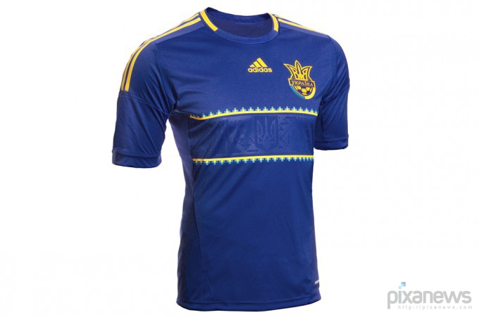 UEFA-European-Football-Championship-uniform-pixanews.com-23-680x451 (680x451, 45Kb)