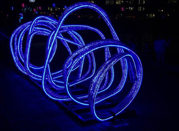 Красочный фестиваль света 2012 в Сиднее 17 (700x512, 100Kb)