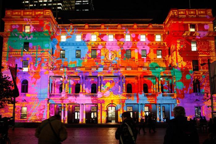 Красочный фестиваль света 2012 в Сиднее 27 (700x466, 132Kb)