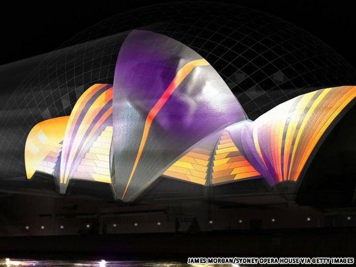 Красочный фестиваль света 2012 в Сиднее 36 (700x525, 74Kb)