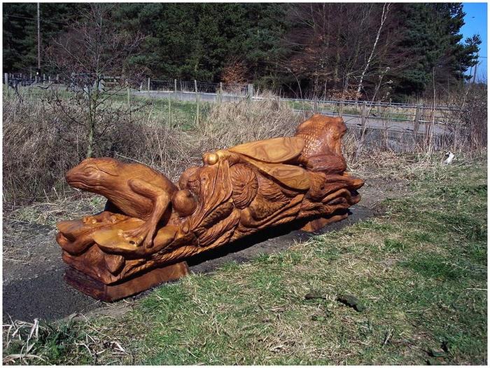 Удивительные скульптуры сделанные бензопилой 8 (700x525, 189Kb)