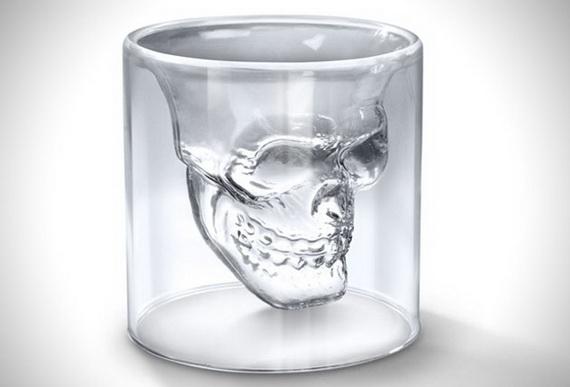 бокал череп1 (570x387, 65Kb)