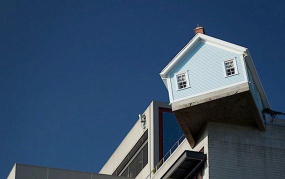 дом на крыше4 (570x358, 90Kb)