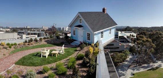 дом на крыше6 (570x273, 116Kb)