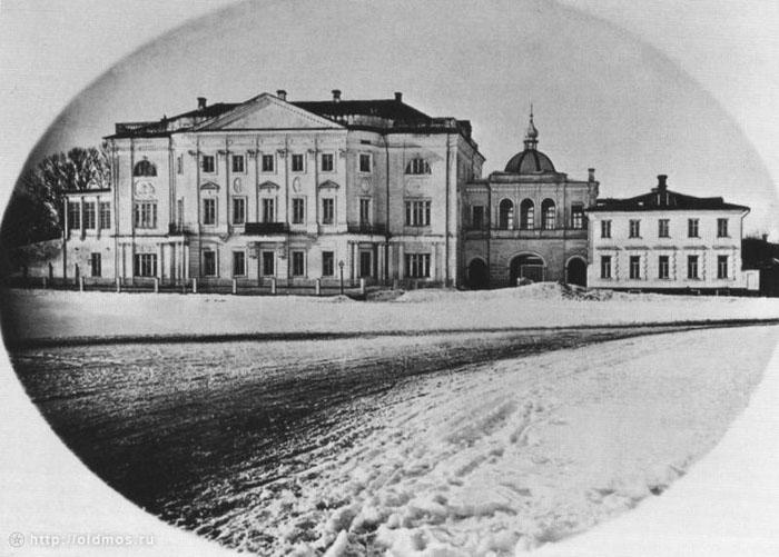 старинная фотка училища (700x501, 103Kb)