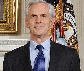 Министр торговли США сбежал с аварий (295x249, 26Kb)