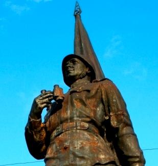 Вильнюс - памятник (309x326, 76Kb)