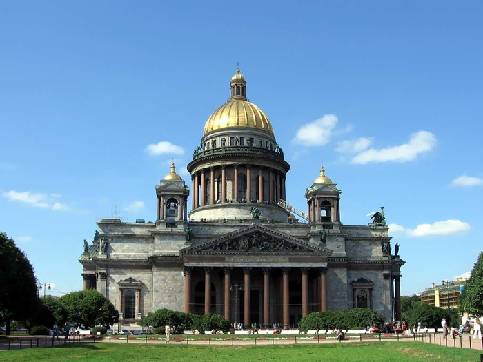 1339008896_isaacs_cathedral (700x525, 113Kb)
