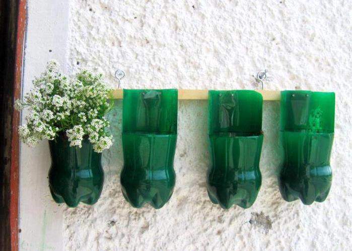 Горшок для цветов из бутылки фото