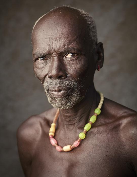 африканские аборигены фото 3 (541x700, 96Kb)