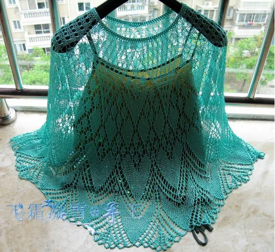 Воздушная ажурная  накидка -пончо летнее вязаное спицами ,невероятно красивое/4683827_20120606_174535 (563x516, 140Kb)
