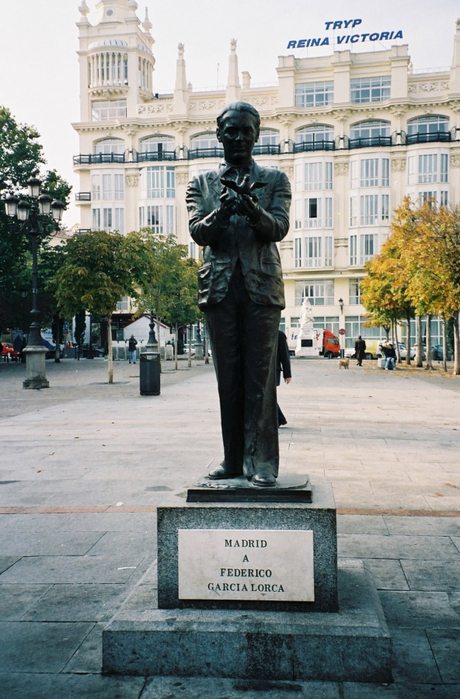 4514961_pamyatnik_L__v_Madride (460x700, 279Kb)