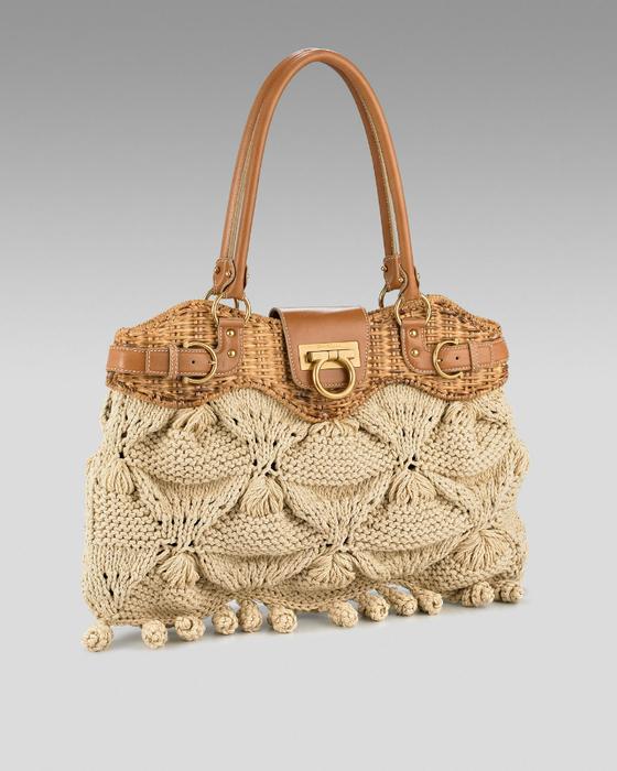 лакированный сумку чем носить
