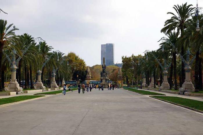Barcelona-4079 (700x466, 49Kb)