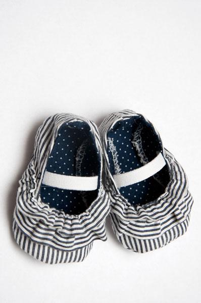 ruffled-baby-shoe-26[1] (398x600, 44Kb)