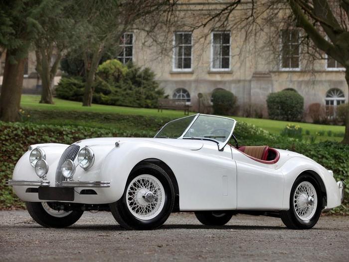 Jaguar XK120 - самая красивая машина 50-х годов 19-го века 1 (700x525, 111Kb)