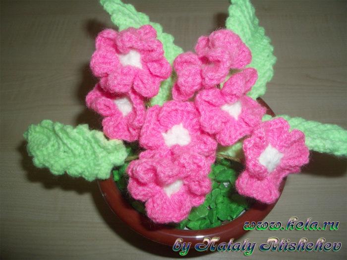 Вязанные цветы в горшках с описанием