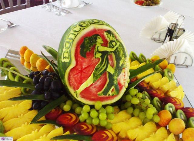 Креативнsй карвинг из овощей и фруктов4 (640x467, 89Kb)