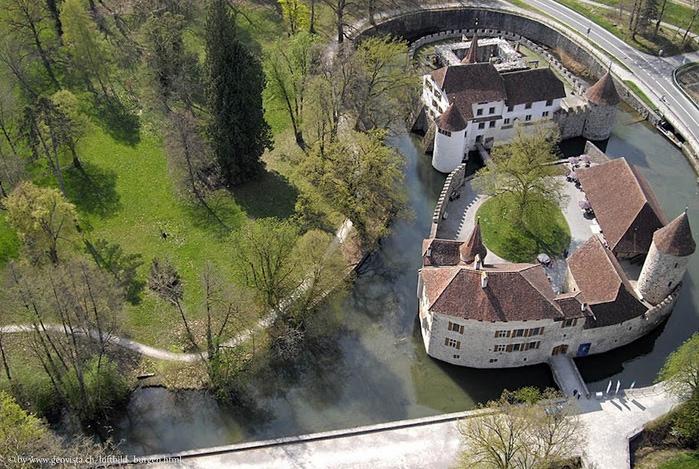 Замок Хальвиль (Schloss Hallwyl) 16579