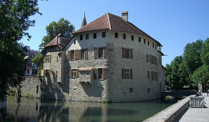 Замок Хальвиль (Schloss Hallwyl) 69541