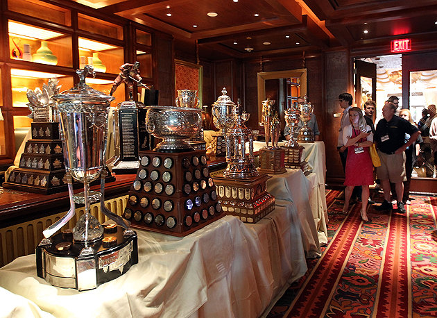 Раздача призов НХЛ