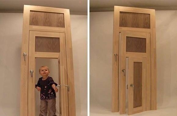 Дверь для всех членов семьи (580x380, 25Kb)