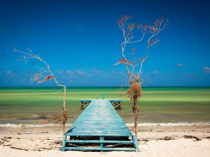 beach-dock-cuba_54808_990x742 (700x524, 166Kb)