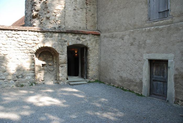 Замок Хальвиль (Schloss Hallwyl) 23999