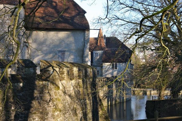 Замок Хальвиль (Schloss Hallwyl) 79018