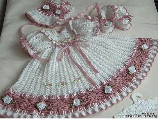 Нарядное платье крючком для