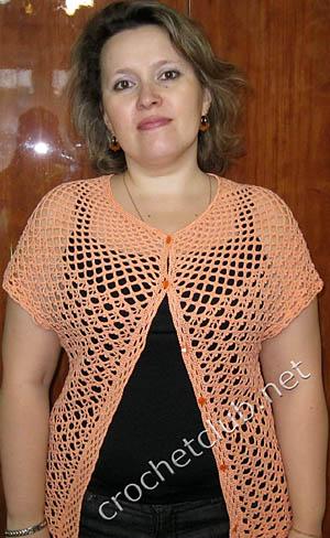 Источник.  Схемы вязания. crochetclub.net.  Абрикосовая кофточка с круглой кокеткой.