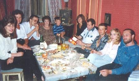 Familie - копия (448x261, 47Kb)